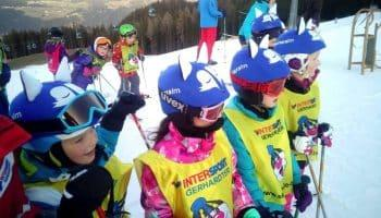 children-wearing-blue-fox-helmet-covers